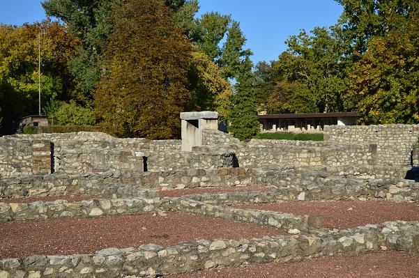 Aquincum-Ruins-2-budapest