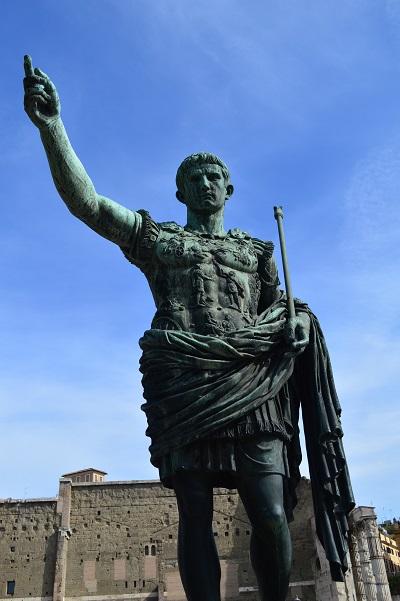 Augustus-Statue-Rome