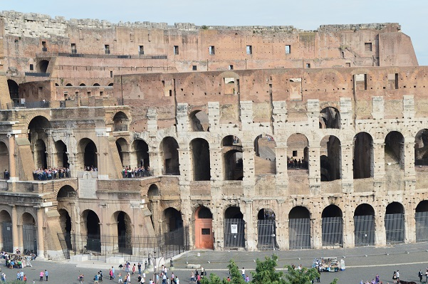 Colosseum-Backside